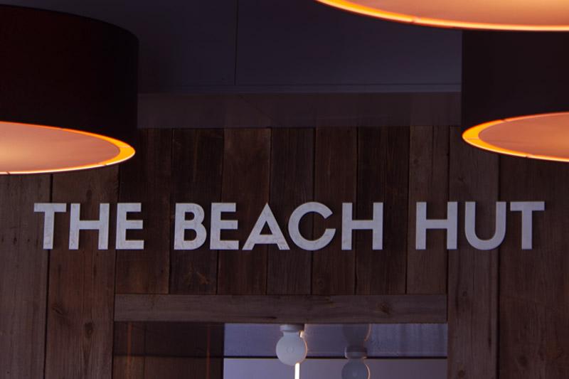 BeachHut2-800x553
